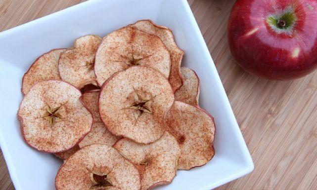 طريقة عمل رقائق التفاح بالقرفة