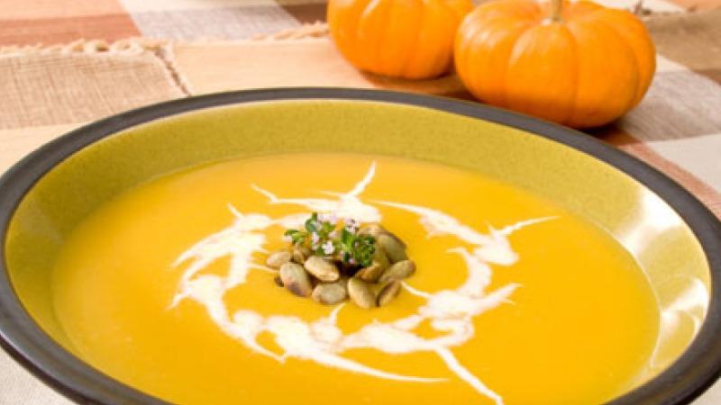 طريقة عمل حساء اليقطين المشوي