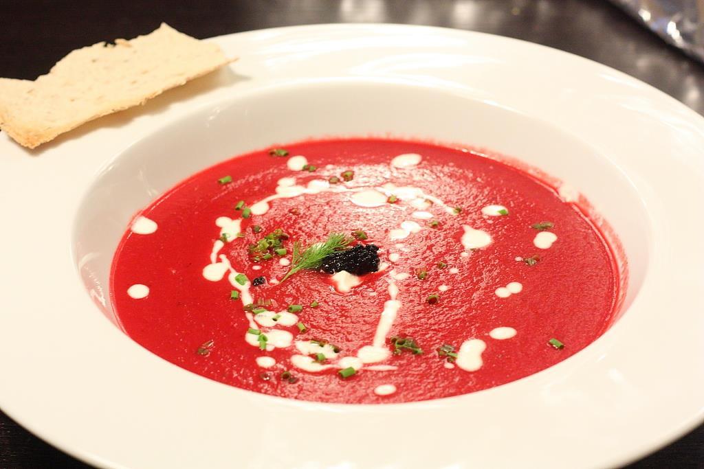 طريقة عمل حساء البورشت الأوكراني