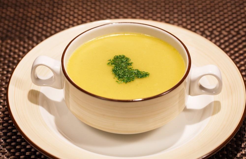 طريقة عمل شوربة البصل والجبن