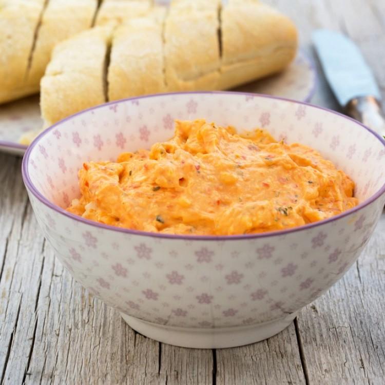 طريقة عمل تغميسة الجبن الكريمي بالبابريكا