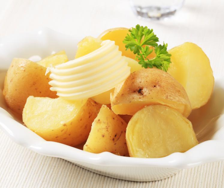 طريقة عمل البطاطس بالزبدة